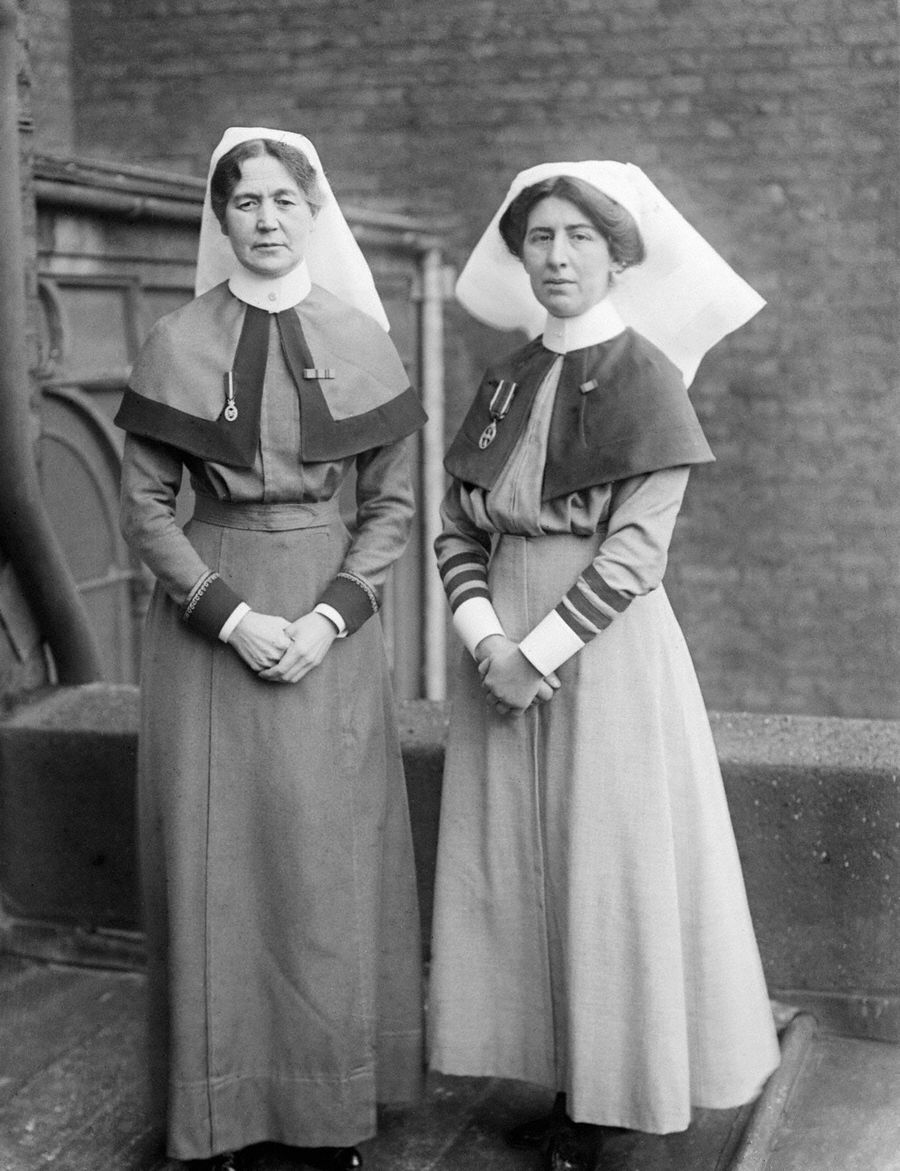 Sister of Queen Alexandra's Imperial Military Nursing Service and a Matron of the Territorial Nursing Service. © IWM (Q 30364)