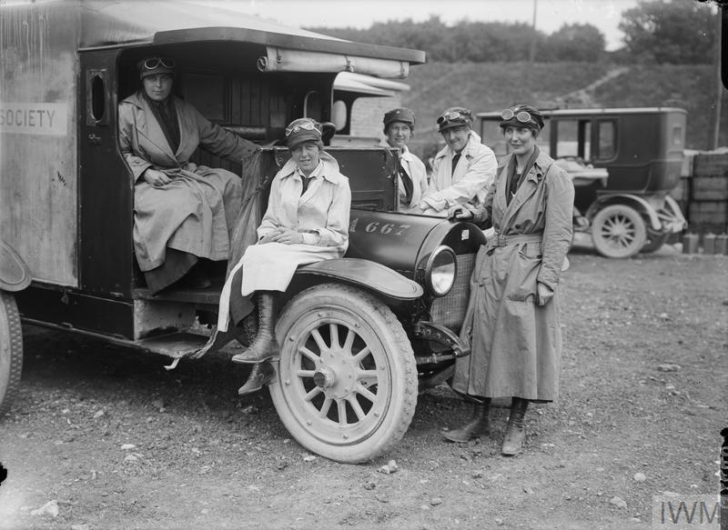 Women British Red Cross Society, Voluntary Aid Detachment motor ambulance drivers at Etaples.